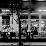 Restaurant-scene---Oozels-Square,-BrindleyPlace,-Birmingham